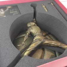 神物開箱 ENTERBAY: 1/6 麥可喬丹-經典飛人雕像